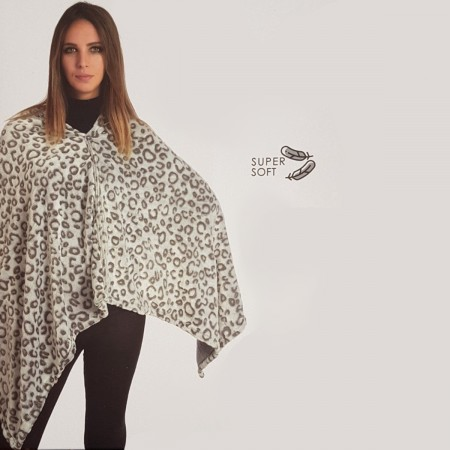 FLANNEL LEOPARD poncho...